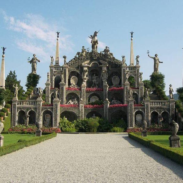 palazzo borromeo 2